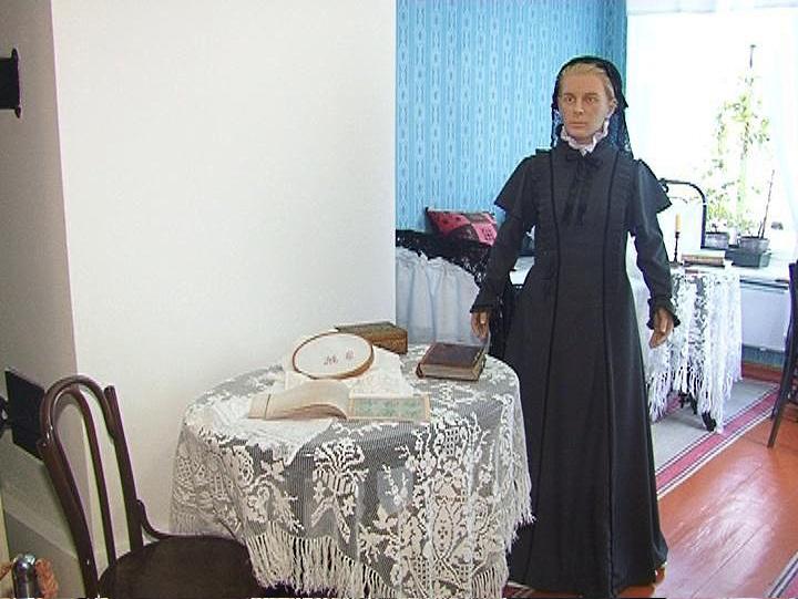 Восковая фигура Марии Александровны Ульяновой в музее Самарые.